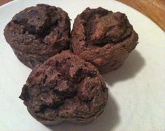 grain free chocolate muffins - I want to try these, but sub out the hazelnut due to being allergic.  Look super yummy!