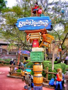 The first place I worked at Walt Disney World! Splash Mountain : How Do You Do?