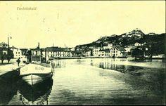 Østfold fylke Halden kommune Fredrikshald Havnen med dampbåten Blenda. Utg J.H. Küenholdt. A/S tidlig 1900-tall