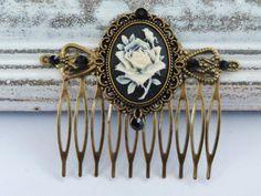 Edler Haarkamm in schwarz bronze mit Rosen Kamee von Schmuckdesign-Onlineshop auf DaWanda.com