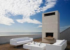 Nestled between bay and sea: a room without a roof in Southampton, NY