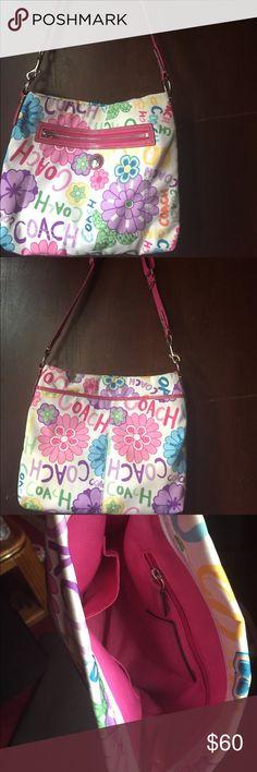 Coach authentic shoulder bag Coach authentic shoulder bag Coach Bags Shoulder Bags