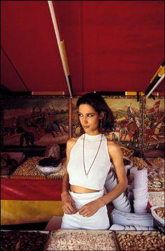 Ferdinando Scianna 1991 ITALY,Sicily, Porticello: Marpessa. Magnum Photos, Creative Fashion Photography, People Come And Go, Old World, Art History, Vogue, Golden Hour, Photo Ideas, Portraits