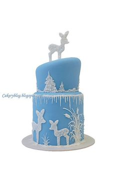 Winter Cake too cute I can totally see you loving this. add Dora for a birthday and I love! Holiday Cakes, Christmas Desserts, Christmas Baking, Christmas Cakes, Blue Christmas, Gorgeous Cakes, Pretty Cakes, Amazing Cakes, Cupcakes