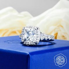 """Only Tacori can """"bloom"""" a diamond like this! #Spring #diamond #bloom #love #engagementring"""
