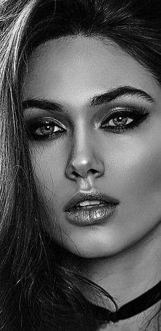 Iconic eyes natural face, most beautiful faces, simply beautiful, beautiful eyes, gorgeous Most Beautiful Faces, Beautiful Eyes, Simply Beautiful, Girl Face, Woman Face, Pretty Eyes, Female Portrait, Pretty Woman, Beauty Women
