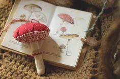 la maison boop!: ☁▵Petite Forêt▵☁ vintage botany mushroom print