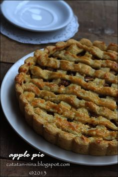 Catatan Nina: APPLE PIE