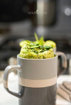 Torta salata in tazza con zucchine e Losa di vacca   Gourmandia Finger Foods, Cakes, Mugs, Tableware, Food Cakes, Dinnerware, Cups, Finger Food, Cake