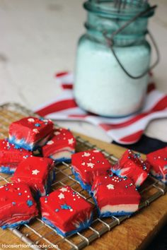 Whip up this Patriotic White Chocolate Fudge recipe with simple ingredients in about 10 minutes and add a festive touch to your 4th of July dessert table!