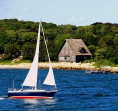 red white and blue sailboat by squares not circles, via Flickr