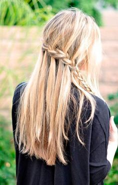 Best Women Hairstyles for Windy Days  #hairstyles #haircuts