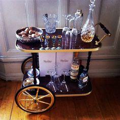 drinks trolley