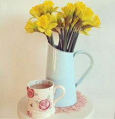 Emma Bridgewater Rose & Bee 0.5 Pint Mug 2014