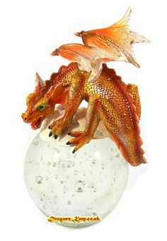Witch Figurines Collectables | Dragunz - Garnock DRG3399 SOLO IMAGE Dragon Figurines, Fantasy Artwork, Fairies, Snow Globes, Dragons, Witch, Decoration, Image, Ideas