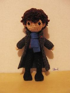 Sherlock Holmes amigurumi, about 16 cm tall (made with 3.0mm hook).