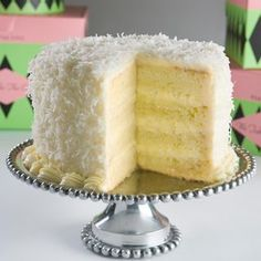 Coconut Layer Cake - My Aunt Patti makes the best ! Her recipe is also better than this one (best sugar cookie icing ovens) Food Cakes, Cupcake Cakes, Köstliche Desserts, Delicious Desserts, Coconut Pineapple Cake, Coconut Cakes, Italian Cream Coconut Cake Recipe, Pineapple Layer Cake Recipe, Cake Recipes