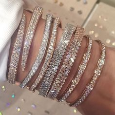 fashion, diamond, and jewelry. cute silver diamond and gold glitter shiny bracelets Cute Jewelry, Body Jewelry, Jewelry Accessories, Fashion Accessories, Fashion Jewelry, Jewlery, Jewelry Box, Trendy Accessories, Hippie Jewelry