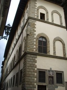 Palazzo Borgherini-Rosselli del Turco 03 - List of buildings and structures in Florence - Wikipedia Palazzo, Pieter Bruegel The Elder, 16th Century, Architecture, Tuscany, Facade, Medieval, Marble, Villa