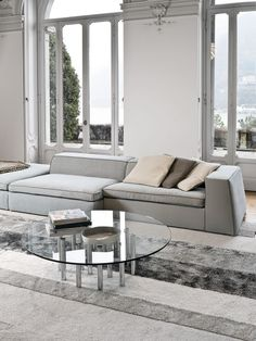 Mille coffee table by Bonaldo