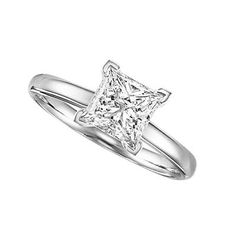 Classic and sophisticated engagement ring - My wedding ideas