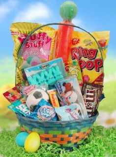 If you are building an Easter basket for a boy, you might be stumped as to what to include! Here are a few ideas that would thrill any boy, of any age! Boys Easter Basket, Easter Baskets, Gift Baskets, Easter Recipes, Easter Food, Easter Decor, Holiday Recipes, Holiday Ideas, Marshmallow Peeps