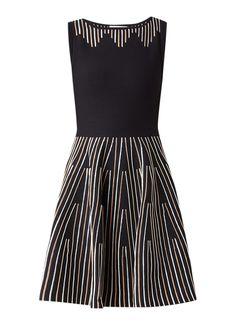 2ded40aac4a Sandro A-lijn jurk met structuur dessin • de Bijenkorf