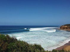 Surf's up at Bells Beach #greatoceanroad #bellsbeach #victoria #beach #surf #sun by sarahceita http://ift.tt/1KnoFsa