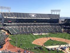 """Committed to Excellence"" The Full Oakland Raiders Experience – 9.20.15"