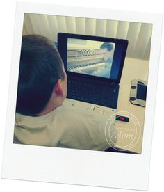 The Enchanted Homeschooling Mom reviews online piano lessons at HoffmanAcademy.com