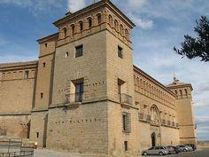 Parador de Alcañiz by Marlis1, via Flickr