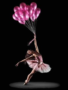 Ballet Photography Pink Ballerina with balloons Ballon Rose, Belly Dancing Classes, Dance Like No One Is Watching, Dance Movement, Dance Poses, Ballet Photography, Ballet Beautiful, Simply Beautiful, Foto Art