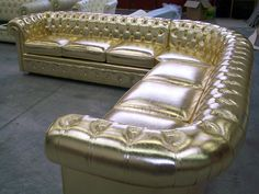 customized sofa in gold Recycled Furniture, Sofa Furniture, Modern Furniture, Chester Field, Kitchen Prices, Yellow Houses, Leather Sofas, Sofa Set, Chair Design