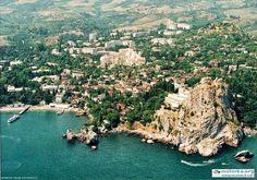 Гурзуф, вид на Генуэскую скалу