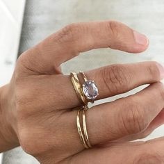 Jewelry Sites, Jewelry Shop, Jewelry Design, Mom Ring, Purple Rings, Everyday Rings, Pretty Rings, Fashion Rings, Sapphire Jewelry