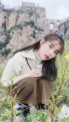 "Celebs Discover IU Are you a huge IU fan? Or should I say are you a ""UAENA""? Do you watch every single IU MV? You may have watched a lot of IU MVs but are you actually able to tell the song just from one single image? Take this quiz to find out! Korean Actresses, Korean Actors, Korean Girl, Asian Girl, Iu Hair, Iu Moon Lovers, Snsd Yuri, Foto Pose, Korean Artist"