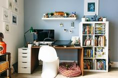 House Tour: A Modern & Playful San Francisco Apartment Home Office Furniture, Furniture Plans, White Furniture, San Francisco Apartment, Small Home Offices, Apartment Living, Apartment Therapy, Apartment Ideas, Finding A House