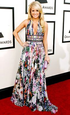 Celebrity Fashion & Style Evolution - Carrie Underwood January 2008 At the 2008 Grammys, Underwood accepted the award for Best Female Cou. Celebrity Gallery, Celebrity Style, Zuhair Murad Dresses, All American Girl, Evolution Of Fashion, Carrie Underwood, Stunning Dresses, Red Carpet Fashion, Carry On