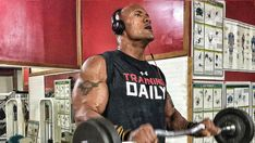 Enter the with Dwayne 'The Rock' Johnson's Jumanji workouts. These are all classic bodybuilding routines, with volume and isolation work. Dwayne Johnson Muscles, The Rock Dwayne Johnson, Rock Johnson, Bodybuilding Routines, Bodybuilding Workouts, Bodybuilding Women, Fitness Gym, Health Fitness, Bodybuilder