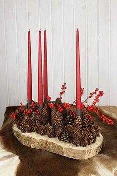 10 genialnych pomysłów na stroik na stół z czerwoną świecą ❤️ ❄️❄️❄️