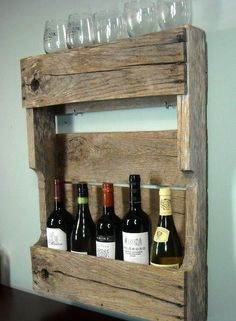 Wine rack made out of old pallets