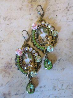 """Boucles style romantique doré et bronze """"Versailles """" : Boucles d'oreille par lorenza"""