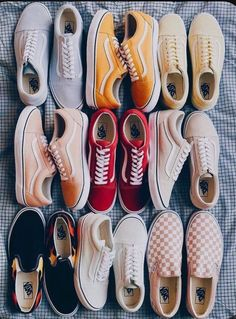 The ultimate Vsco Girl Checklist! Everything you will need to be a vsco girl and where to find it. Women's Shoes, Vans Shoes Fashion, Nike Air Shoes, Hype Shoes, Me Too Shoes, Shoes Sneakers, Van Shoes, Summer Sneakers, Platform Sneakers
