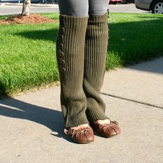NO SEW DIY Legwarmers/Boot socks! So easy! | la vie en rose