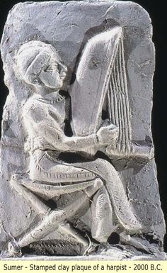 Baked clay plaque of a harpist (w/a Sumerian triangular harp), Isin/ Larsa. Old Babylonian period, ca 2000-1600 BC. Info: OI of U of Chicago