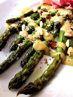 Zakamarki mojej kuchni: Grillowane szparagi z sosem musztardowym