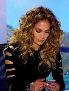 ♥ Pinterest: DEBORAHPRAHA ♥ #JLO #Jennifer #Lopez #big #hair #curls #highlights #hoops #earrings