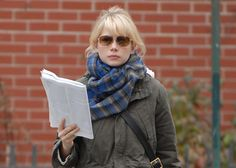 """Click through for a post with more photos of her reading: """"Reading Icons: Michelle Williams"""""""