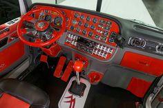 Peterbilt Custom 389 Interior
