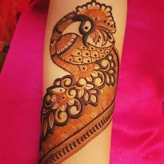 Round Mehndi Design, Peacock Mehndi Designs, Back Hand Mehndi Designs, Latest Bridal Mehndi Designs, Legs Mehndi Design, Full Hand Mehndi Designs, Henna Art Designs, Stylish Mehndi Designs, Mehndi Designs For Girls